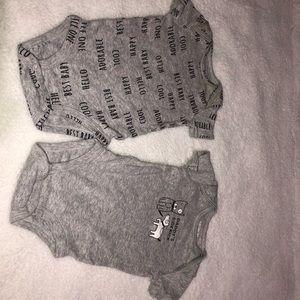 Baby Tshirt Onesie Set!💙